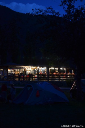 RT06 13 Camping J7