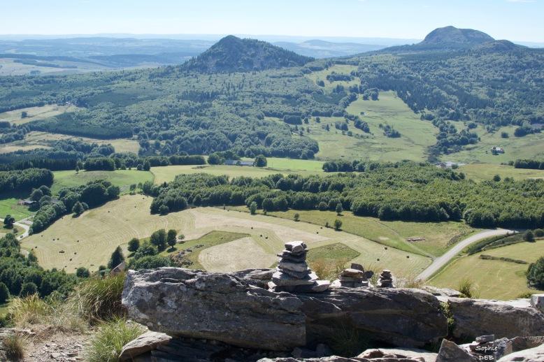RT13 33 Vue Mont Gerbier de Jonc J4